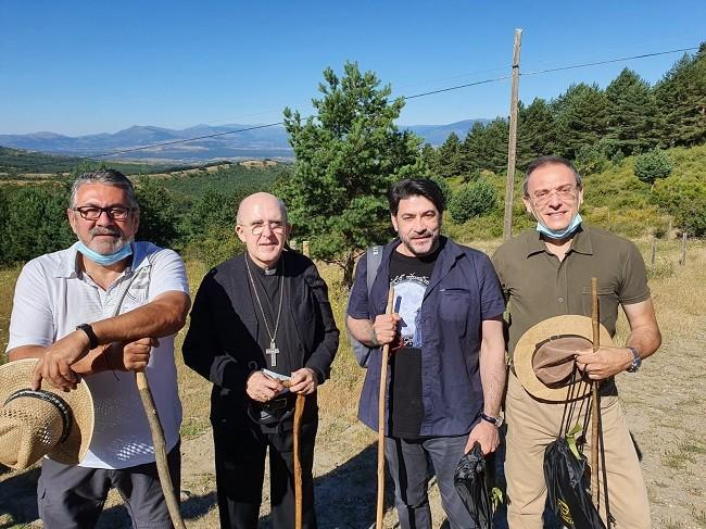 Visita especial de D. Carlos Osoro, obispo de Madrid y D. David Pérez