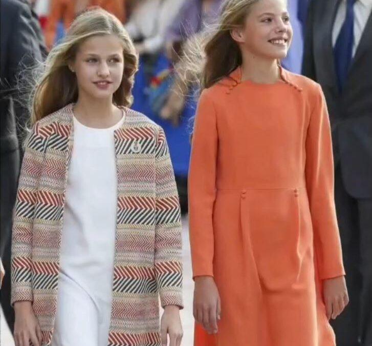 Primer acto público la Princesa de Asturias Doña Leonor y a la Infanta Doña Sofía sin sus padres
